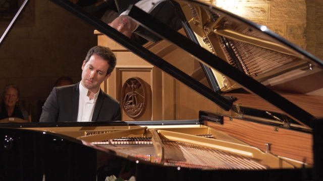 Bertrand Chamayou plays Ravel