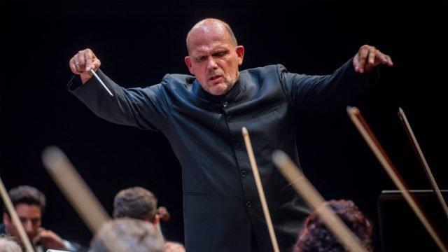 Jaap van Zweden dirigiert Tschaikowskis Sinfonie Nr. 5 e-Moll op. 64