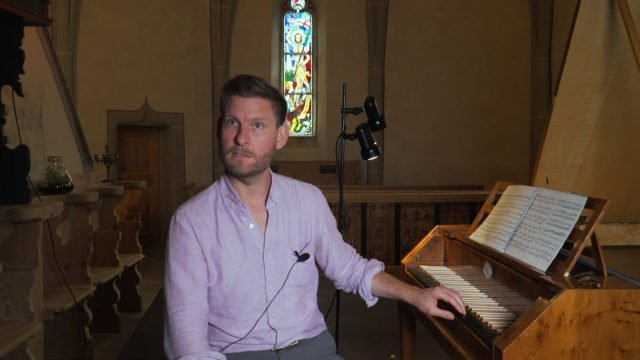 Kristian Bezuidenhout talks about the Fortepiano