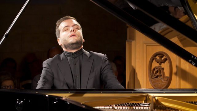 Francesco Piemontesi plays Schubert – Part 1